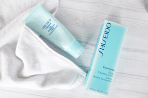 Review-Shiseido-Pureness-Deep-Cleansing-Foam